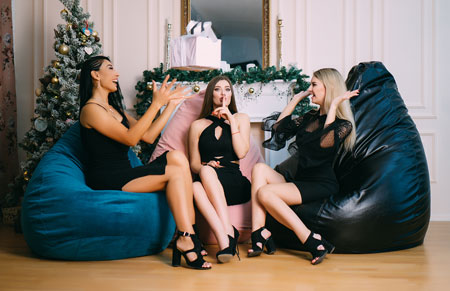 Кресла нужны поболтать с друзьями